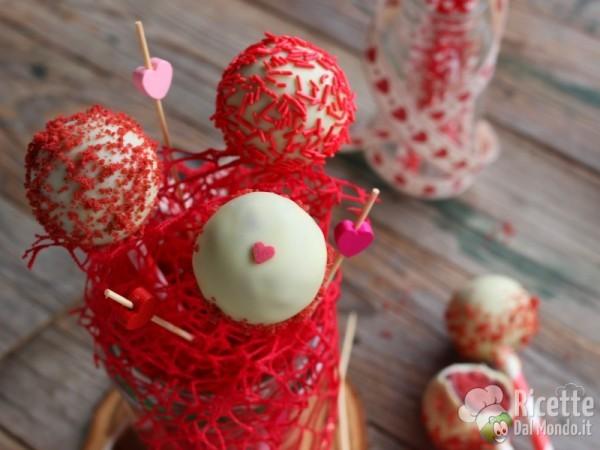 Ricetta red velvet cake pops