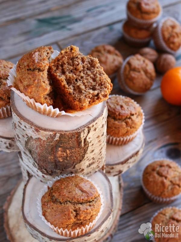 Soffici muffin arancia e noci vegani