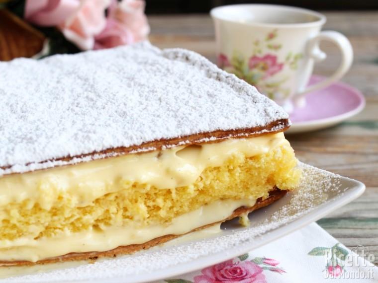 Come fare la torta diplomatica con la crema