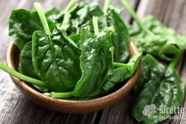 Frutta e verdura di marzo: agretti e spinaci