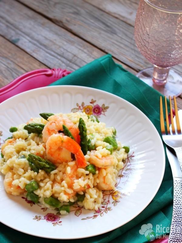 Come fare il risotto gamberi e asparagi