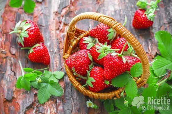 Frutta e verdura di Aprile: le fragole