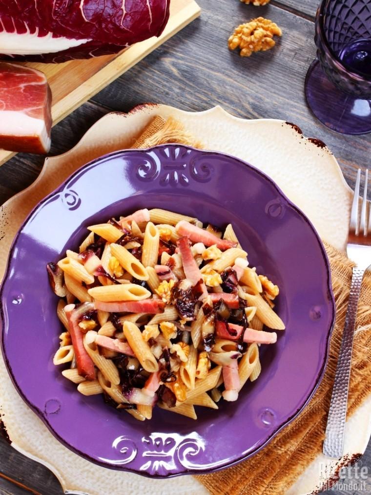 Ricetta pasta radicchio e speck