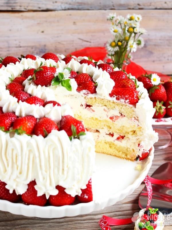 Come fare la torta panna e fragole