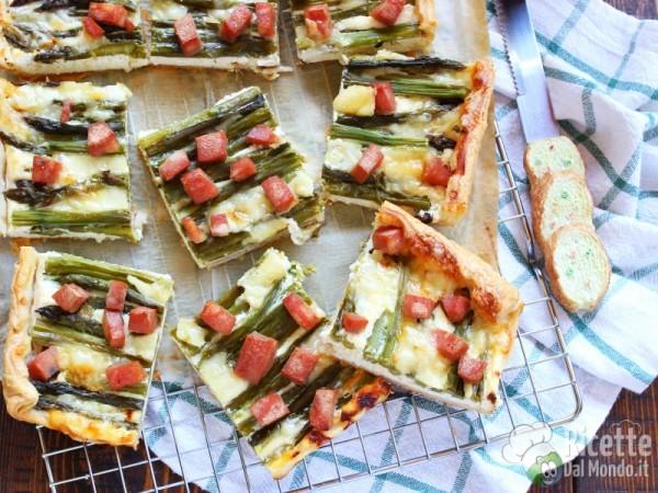 Ricetta quiche con asparagi e cubetti di mortadella