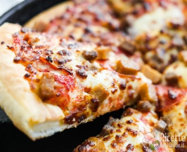 Pizza al padellino: le origini