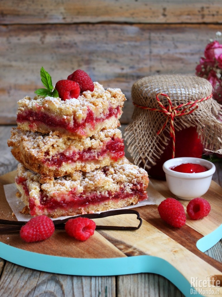 Come fare le crumb bars ai lamponi