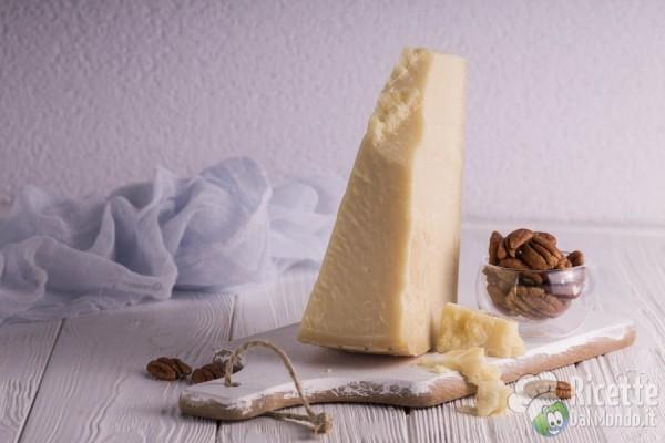Formaggio Parmigiano da grattugiare