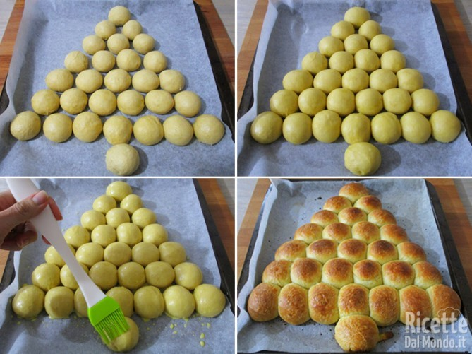 Far lievitare e cuocere l'albero di Natale