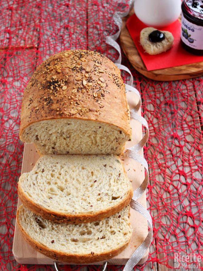 Ricetta per fare il pan bauletto ai cereali