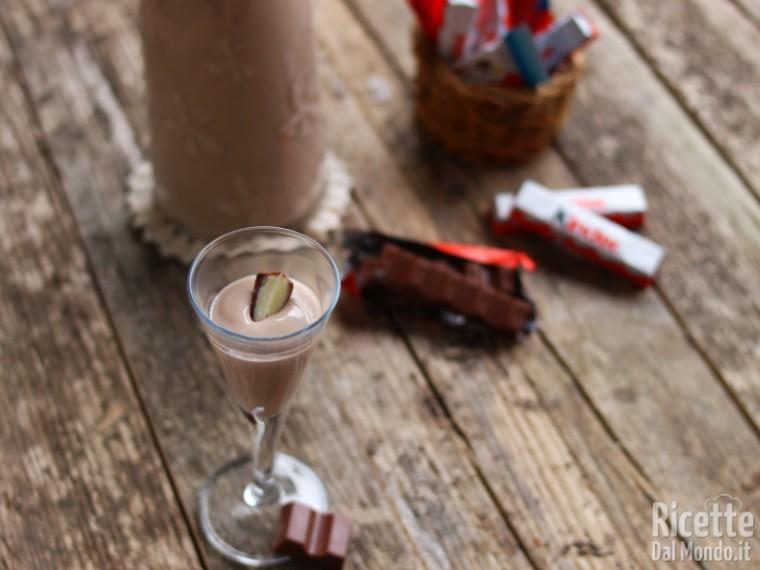 Ricetta Liquore al cioccolato kinder