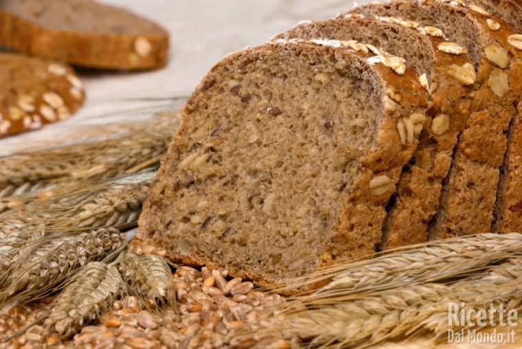 Come usare la farina di farro per fare i lievitati
