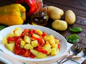 Ricetta Insalata di patate e peperoni