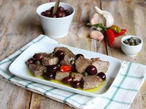 Ricetta Bocconcini di tonno con olive e capperi
