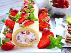 Ricetta Rotolo panna e fragole