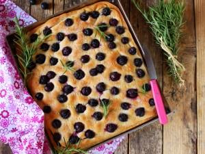 Ricetta Focaccia dolce all'Uva Fragola