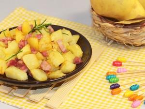 Ricetta Cubetti di patate e pancetta al forno