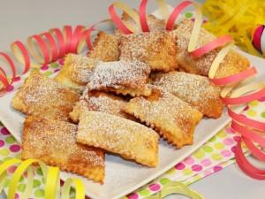 Ricetta Ravioli dolci di Carnevale con Ricotta e Cioccolato