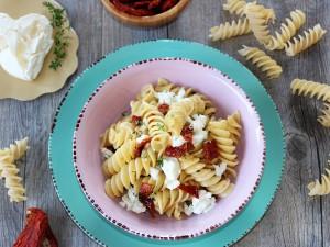 Ricetta Fusilli con Pomodori secchi e Burrata