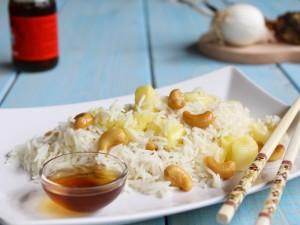 Riso fritto con Ananas e Anacardi