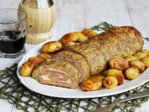 Ricetta Polpettone al forno con patate