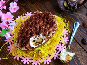 Ricetta Tiramisù nell'uovo di cioccolato