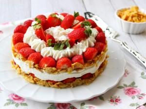 Ricetta Torta di corn flakes e fragole
