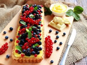 Ricetta Crostata ai frutti di bosco e cioccolato bianco