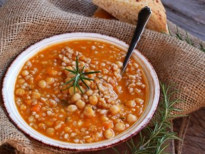 Ricetta Zuppa di zucca e ceci