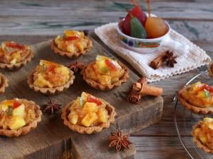 Ricetta Crostatine integrali con composta di mele