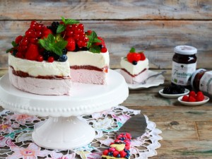 Ricetta Torta gelato allo yogurt