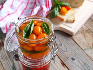 Ricetta Pomodorini al naturale