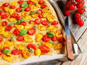 Ricetta Pizza integrale con pomodorini