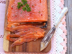 Salmone alla svedese (gravlax)
