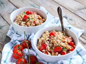Ricetta Insalata di farro, ceci e pomodorini