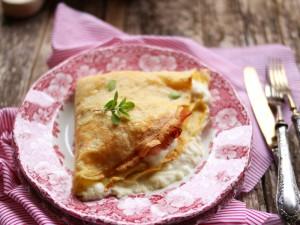 Ricetta Crepes salate prosciutto e formaggio